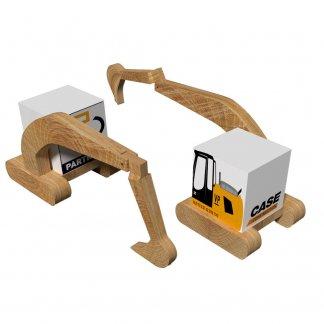 Bloc cube personnalisé sur pelleteuse en bois