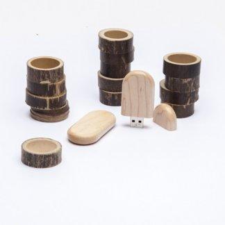 Clé USB personnalisable en bois - En situation - TRAILER