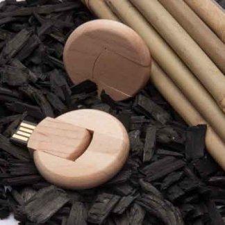 Clé USB pivotante personnalisée en bois - En situation - WOOD COOKIE