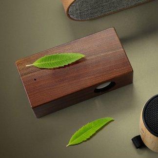 Enceinte interactive promotionnelle en bois - En situation - WILD POWER