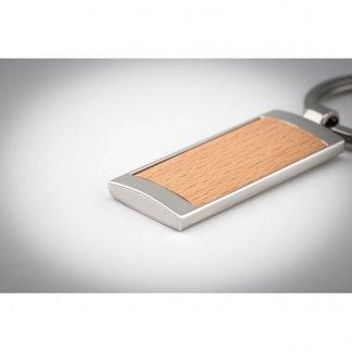 Porte-clés rectangle personnalisable en bois et zinc - En situation - MATIKOS