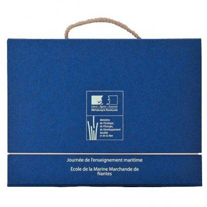 Valisette Publicitaire A4 Ou A5 En Carton Recyclé Poignée Corde Bleu VALENTINE